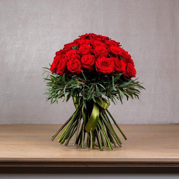 Kytica z červených ruží BRIA